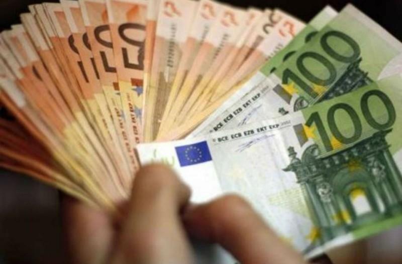 Μπαράζ πληρωμών: Πότε μπαίνουν 534 ευρώ, επιδόματα ανεργίας & δώρο Χριστουγέννων