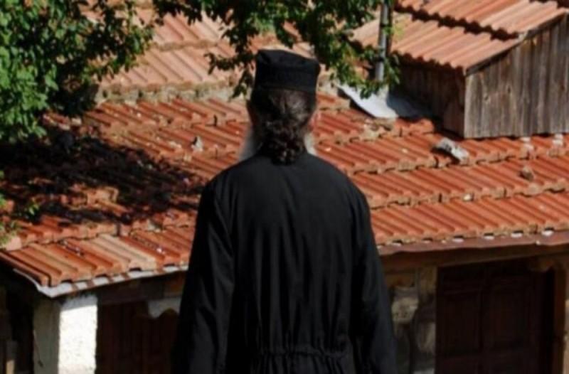 Σοκάρουν οι αποκαλύψεις για τον ιερέα.. εραστή  (Video)