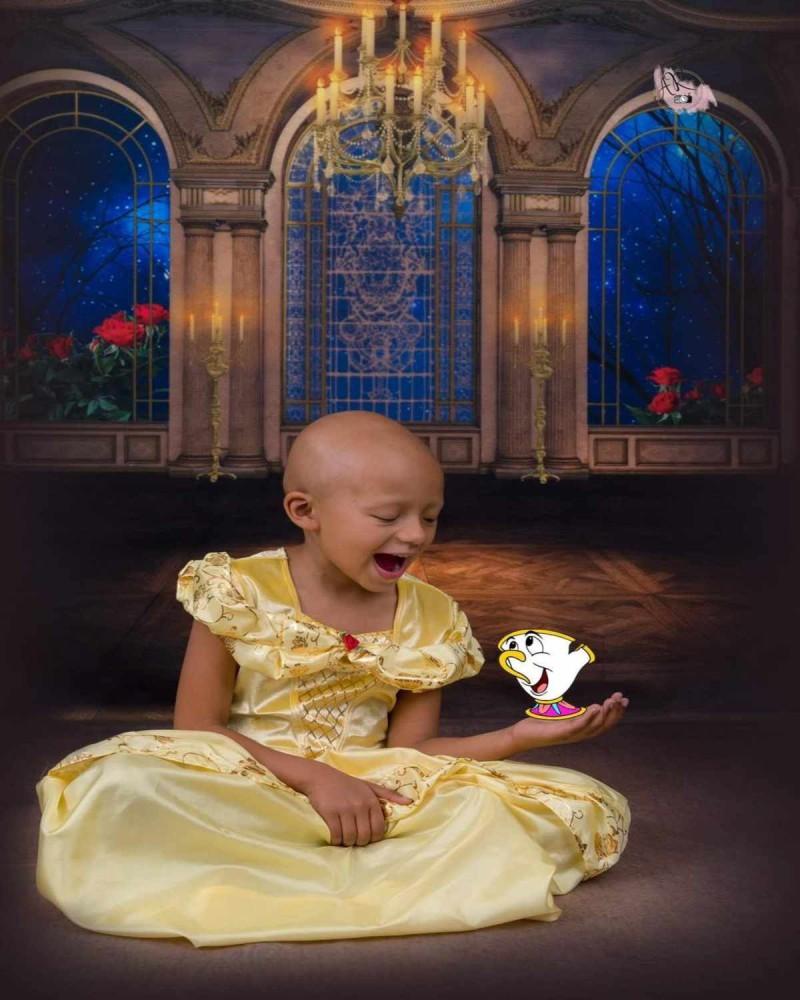 Κοριτσάκι με καρκίνο φωτογραφίζεται σαν πριγκίπισσα της Disney