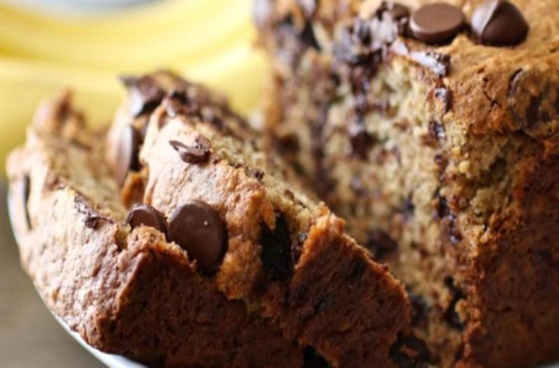 Λαχταριστό κέικ μπανάνας με κομμάτια σοκολάτας