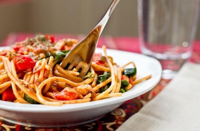 Συνταγή για μεσογειακή μακαρονάδα