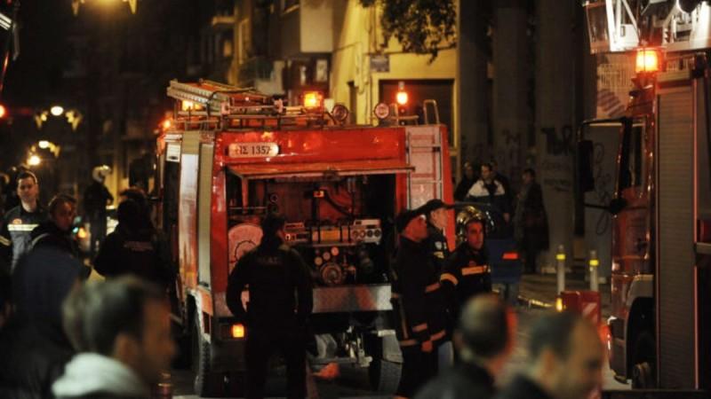 Συναγερμός στο Μοναστηράκι: Φωτιά έχει ξεσπάσει σε γραφεία