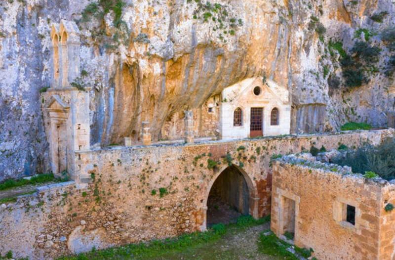 Κρήτη: Η παλαιότερη μονή που είναι