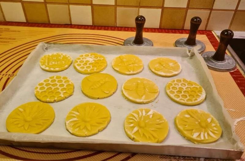 Συνταγή για τραγανά μπισκότα με σφραγίδα