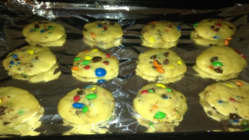 Λαχταριστά μπισκότα cookies m&m