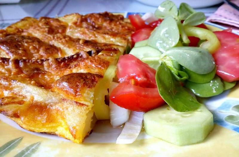 Συνταγή για λαχταριστή ομελέτα φούρνου με τυριά