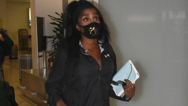 Survivor 4: Επέστρεψε η Ελίζαμπεθ Ελέτσι - Φωτογραφίες από το αεροδρόμιο