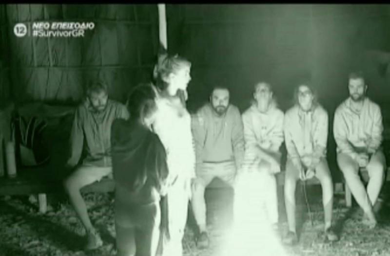 Survivor 4: Άγριο ξεκατίνιασμα στους Διάσημους: Έπιασαν την Κάτια Ταραμπάνκο να κλέβει φαγητό!