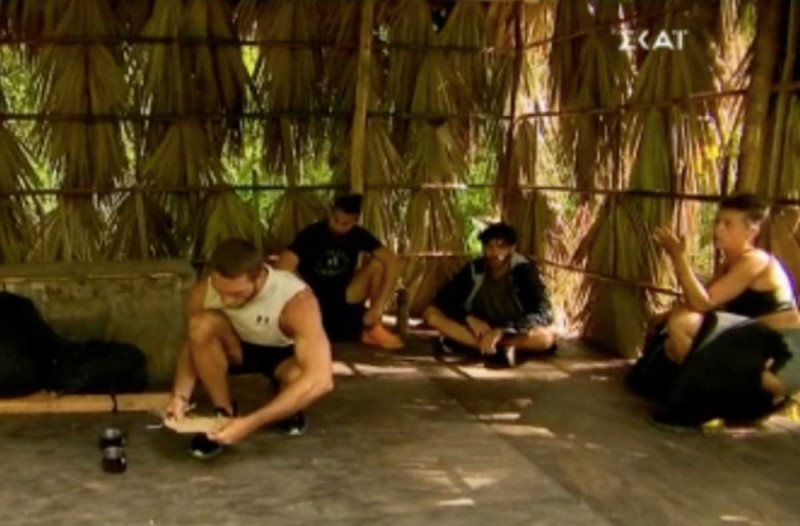 Survivor 4: Άγριος καβγάς πριν από τον χωρισμό των ομάδων - «Θες να με διώξεις…»