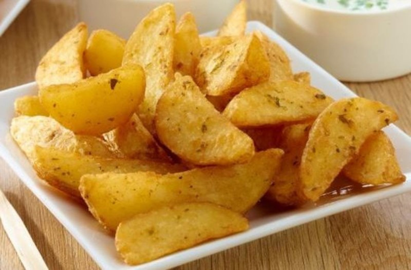 Τραγανές πατάτες φούρνου σαν τηγανιτές