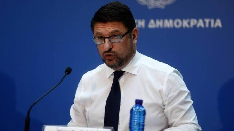 Κλείδωσαν: Τα 3 νέα μέτρα που ανακοινώνει την Παρασκευή ο Νίκος Χαρδαλιάς