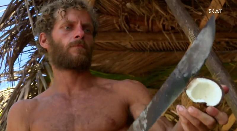 Survivor spoiler: Ζήτησε να μετακομίσει στην κόκκινη ομάδα ο Κρις Σταμούλης!