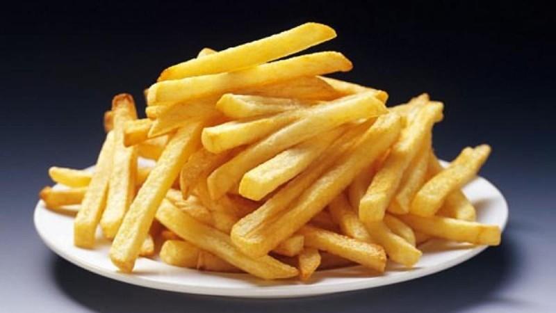 Πώς να τηγανίζετε σωστά τις πατάτες για να μην είναι καρκινογόνες