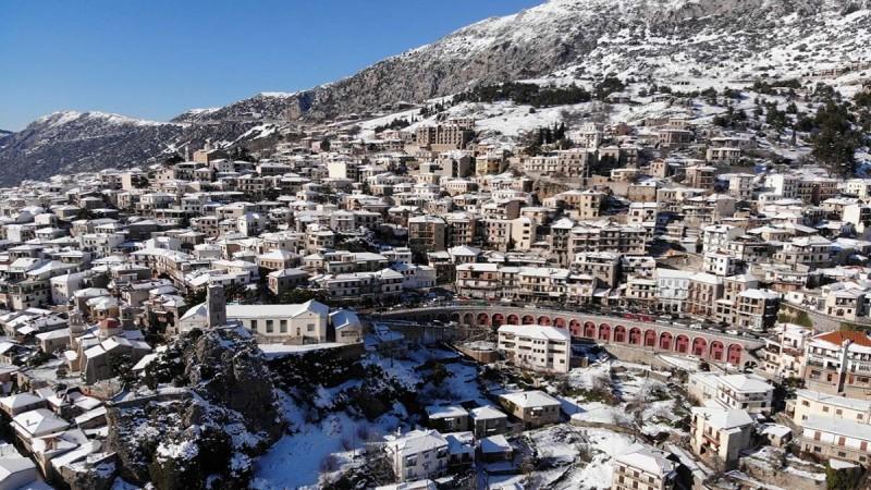 """Πώς πήραν το όνομά τους τα πιο γνωστά ελληνικά χωριά - Τι σημαίνει """"Αράχωβα"""""""