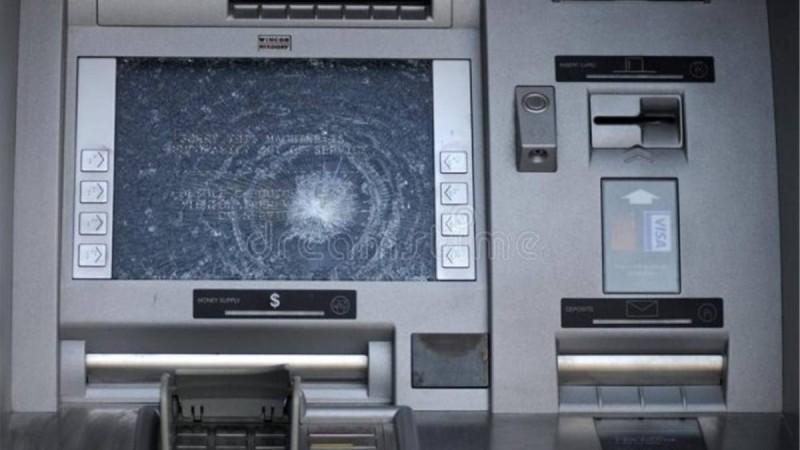 Συναγερμός: «Μπαράζ» επιθέσεων σε ΑΤΜ και καταστήματα στην Αττική