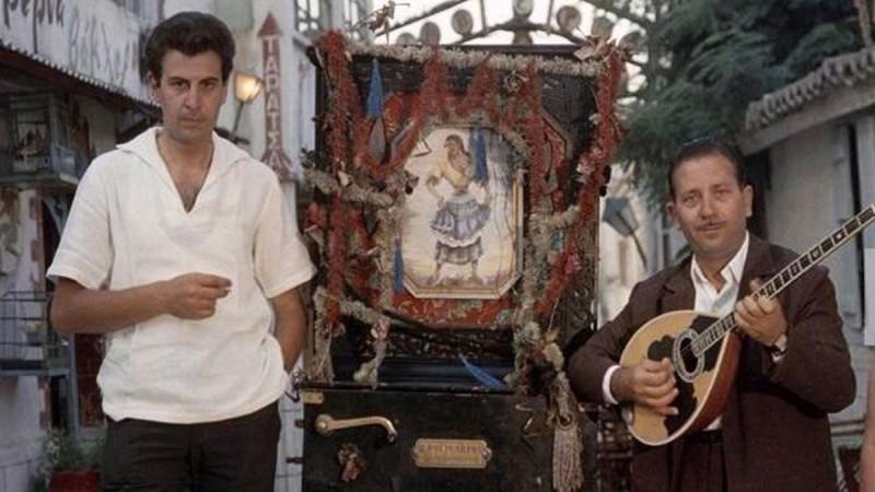 Μίκης Θεοδωράκης και Γιώργος Ζαμπέτας στην Πλάκα το 1962