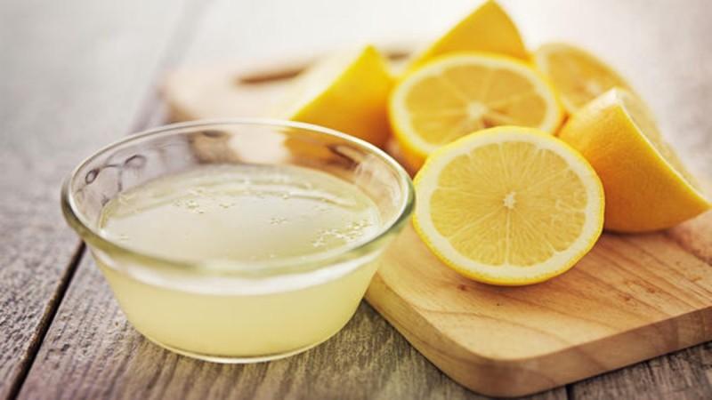16 ευεργετικές επιδράσεις του λεμονιού