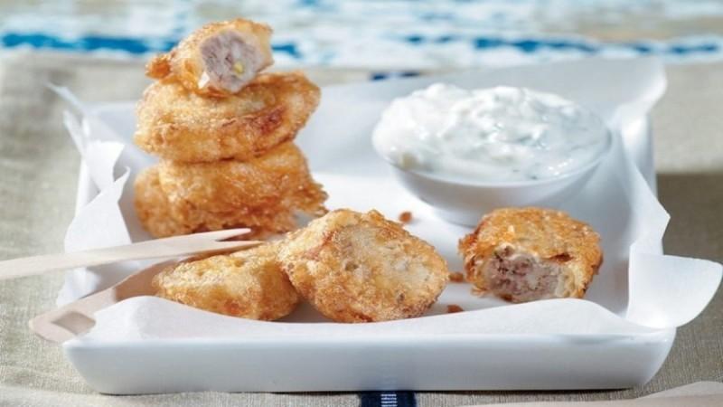 Συνταγή για κεφτεδάκια κοτόπουλο με σως γιαουρτιού