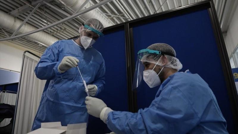Κορωνοϊός: Συνεχίζεται η ασφυκτική πίεση με τα κρούσματα- Στο