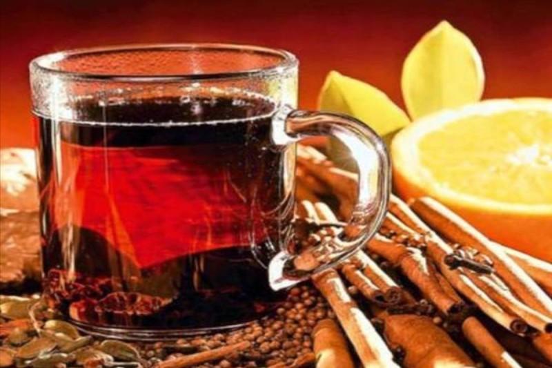 Ρόφημα με μέλι και μέντα για απώλεια βάρους