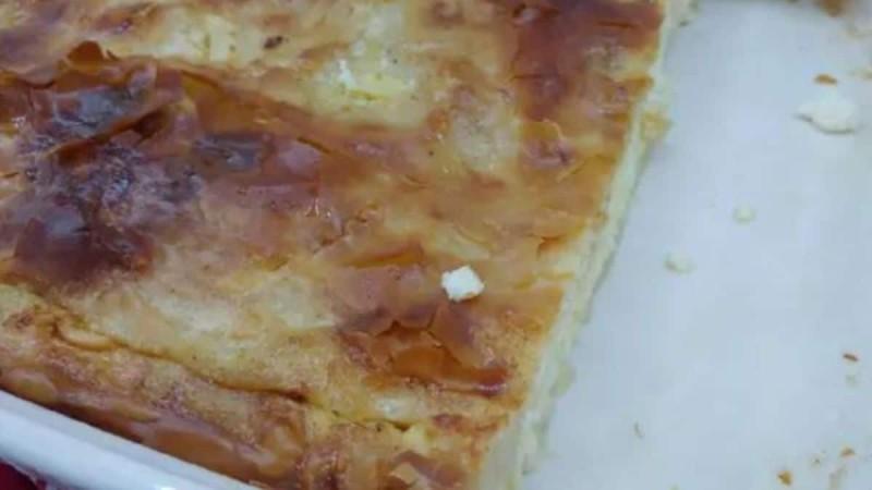 Πανεύκολη τυρόπιτα με ελάχιστα υλικά
