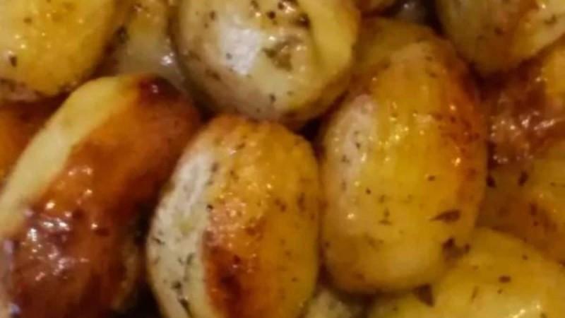 Πατάτες ψητές στο φούρνο