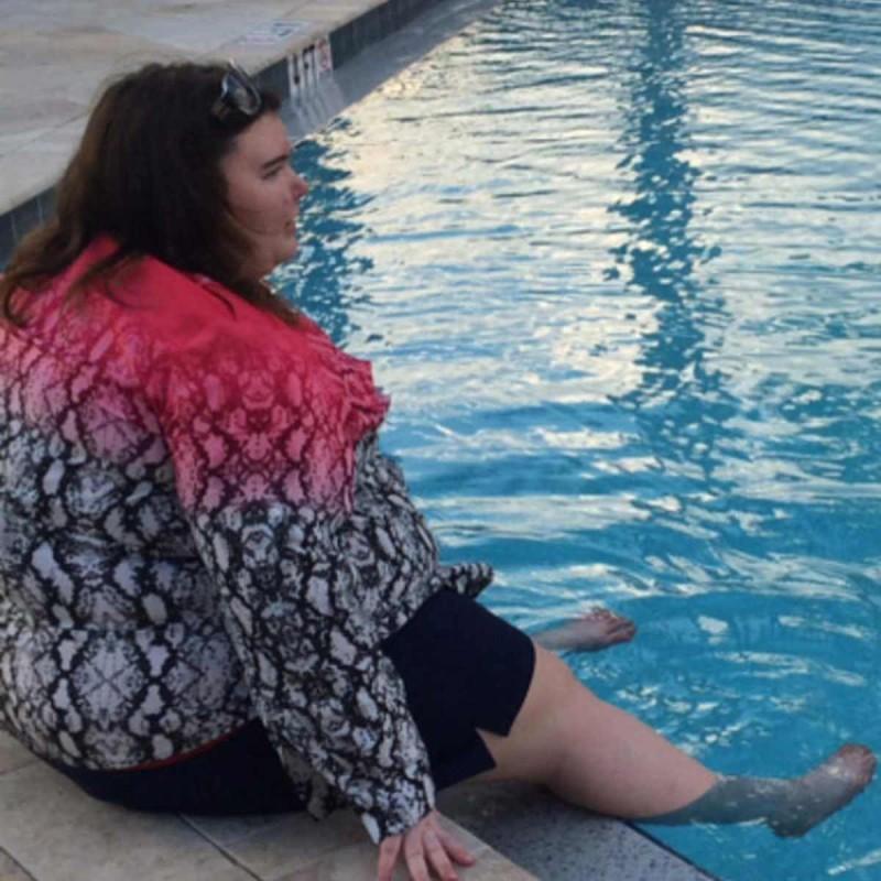 Παχύσαρκη κοπέλα έχασε 88 κιλά κάνοντας τζόκινγκ με τον σκύλο της