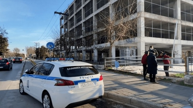 Θρίλερ στη Θεσσαλονίκη: Εντοπίστηκε πτώμα σε κτήριο του ΑΠΘ (Video)