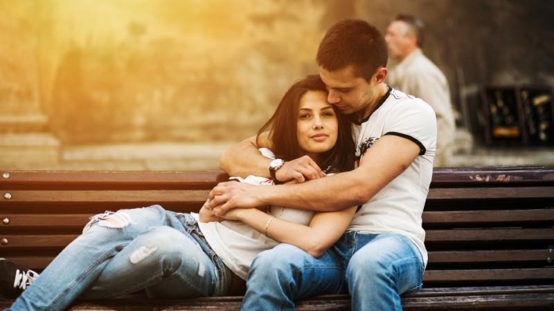 Δείτε ποια είναι τα χαρακτηριστικά που ερωτεύονται οι άντρες