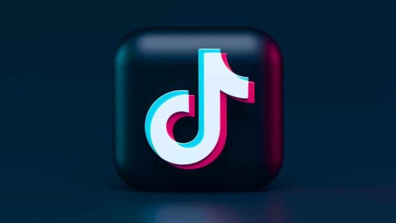 Ξέχνα το TikTok. Το νέο αστέρι των social media είναι το Clubhouse