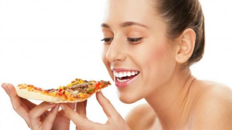Χάστε τα περιττά κιλά τρώγοντας πίτσα