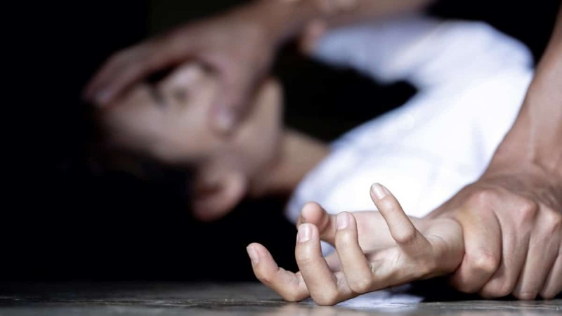 Απόλυτος εφιάλτης: Άνδρας κρύφτηκε στο σπίτι γυναίκας και την βίασε - Την παρακολουθούσε για αρκετό καιρό