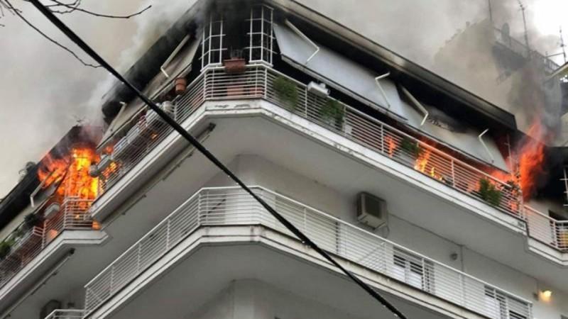Συναγερμός στο Περιστέρι: Φωτιά ξέσπασε σε διαμέρισμα