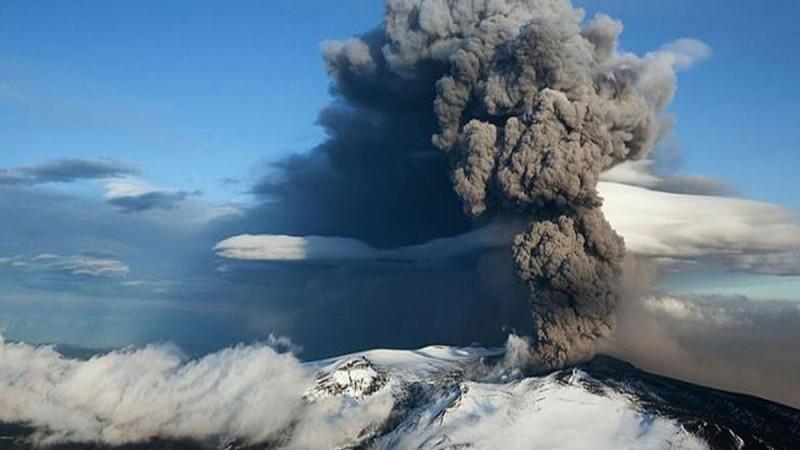 Συναγερμός στην Ισλανδία: Έτοιμα να εκραγούν 2 ηφαίστεια που ήταν ανενεργά για 800 χρόνια - Μια ανάσα από την πρωτεύουσα
