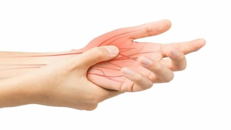 Μούδιασμα στα χέρια: Αιτίες
