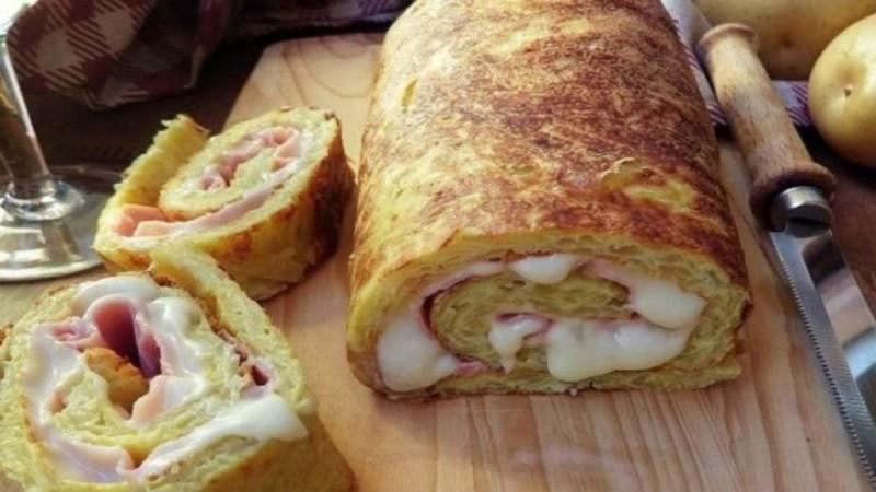 Λαχταριστό και πανεύκολο ρολό πατάτας με τυρί και ζαμπόν