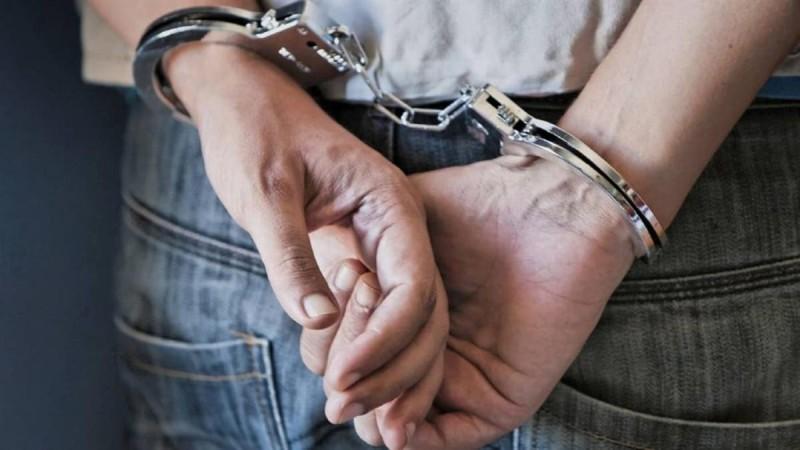 Συναγερμός στην Αθήνα: Συνελήφθη γνωστός σχεδιαστής μόδας για διακίνηση ναρκωτικών - Τι βρήκαν οι Αρχές