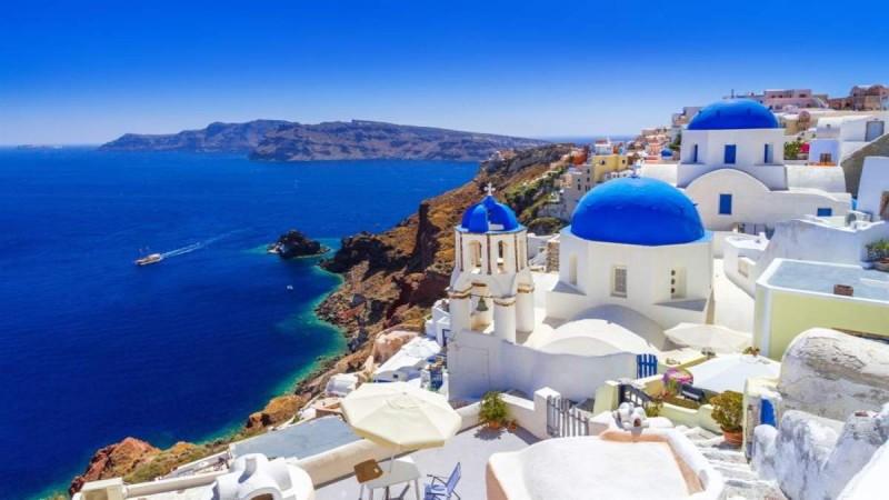 Μέτρα στήριξης για τους κλάδους της εστίασης και του τουρισμού