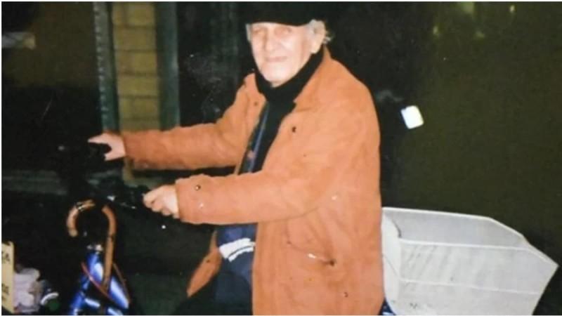 Θρήνος στη Λάρισα: Πέθανε ο κυρ Νίκος Χατζηγρίβας - Ο βιοτέχνης που καταστράφηκε και πουλούσε λαχεία στο δρόμο