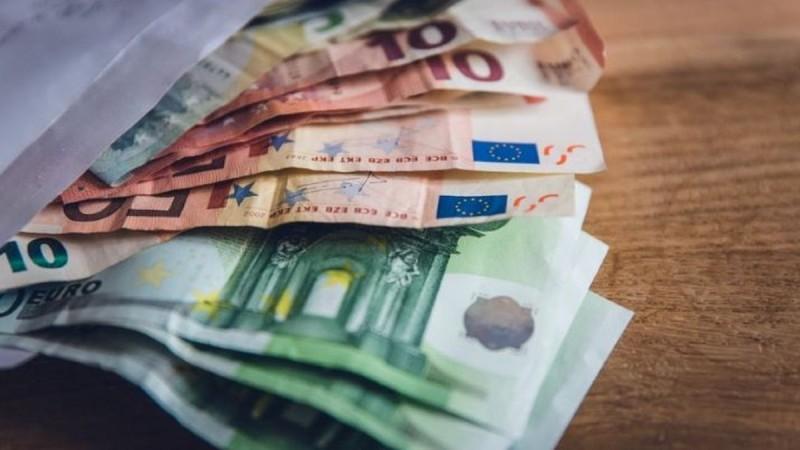 Ελληνική εταιρεία έδωσε μπόνους 2.500 ευρώ σε κάθε εργαζόμενό της