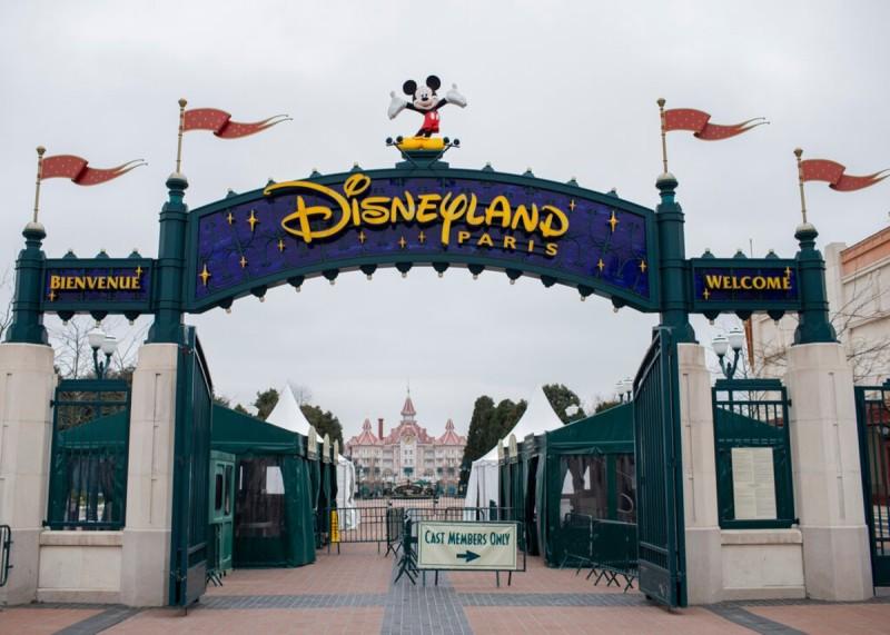 Η Disney θα φιλοξενήσει εμβολιαστικό κέντρο