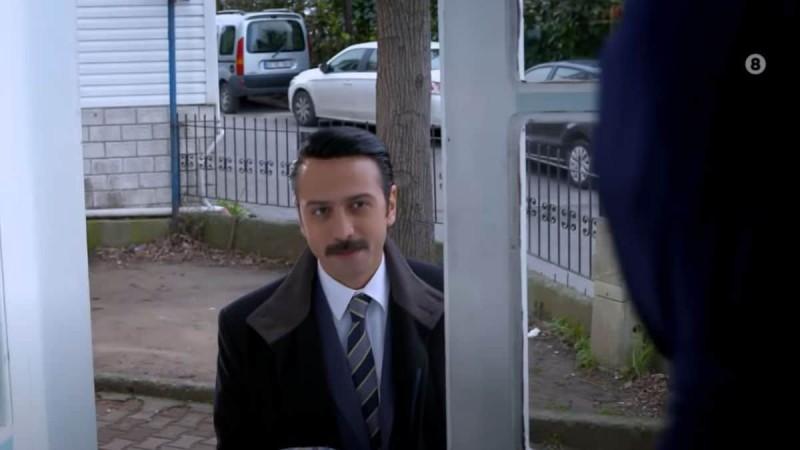 Elif: Ο Σαφάκ δε θέλει να μάθει η Ζουλιντέ ότι θα νοικιάσει το δικό του σπίτι