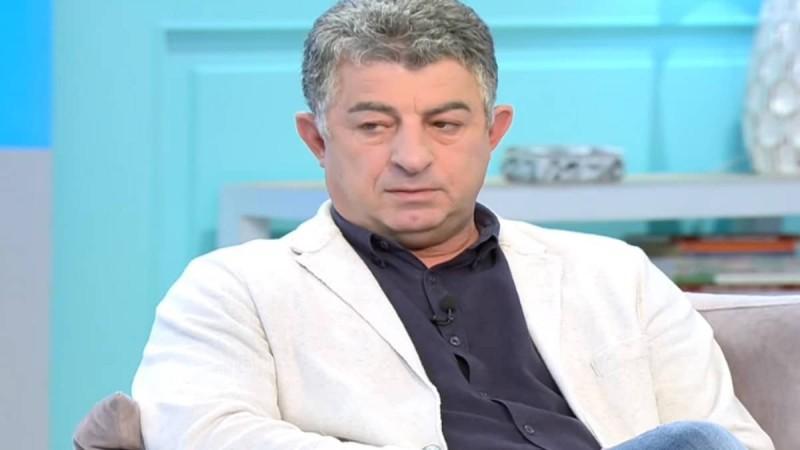 Γιώργος Καραϊβάζ: Συγκλόνισε ο επικήδειος του γιου του - «Ο πατέρας μου θα συγχωρούσε και τους δολοφόνους του» (Video)