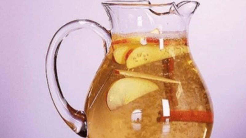 Πιείτε νερό, κανέλα, λεμόνι και μήλο και χάστε κιλά - Σούπερ δίαιτα