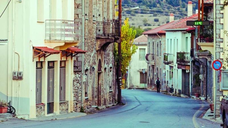 3+1 οικονομικοί προορισμοί κοντά στην Αθήνα για να πάτε οδικώς