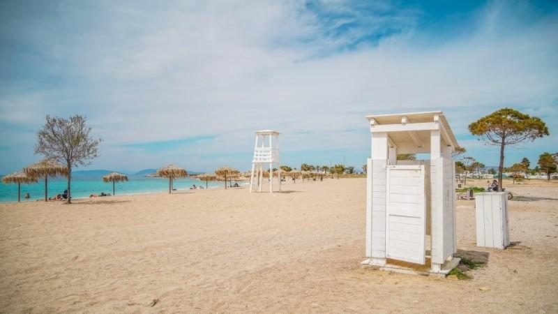 Γλυφάδα: Ανανεώθηκε η παραλία