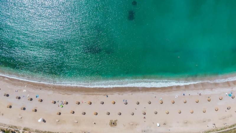 Η νέα εικόνα της παραλίας της Γλυφάδας