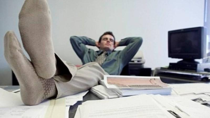 """Δημόσιος υπάλληλος έλειπε 15 χρόνια από τη δουλειά του: """"Επέστρεψε"""" 67 ετών"""
