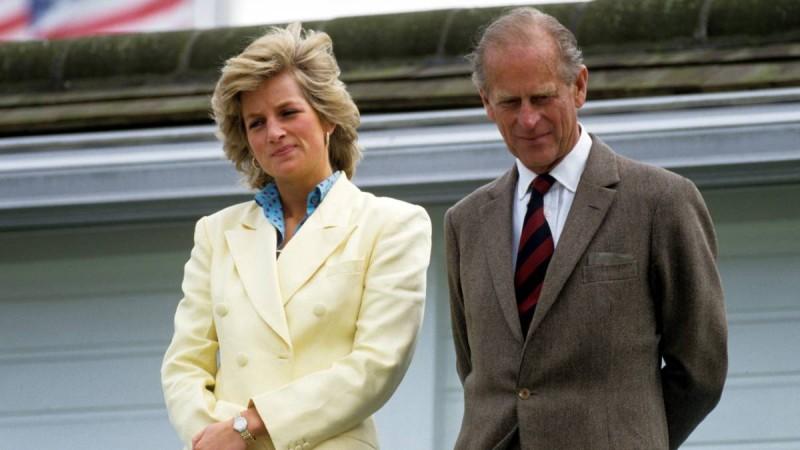 Πρίγκιπας Φίλιππος: Αποκαλύψεις από τον μπάτλερ της Νταϊάνα - «Έβγαιναν με δάκρυα στα μάτια...»