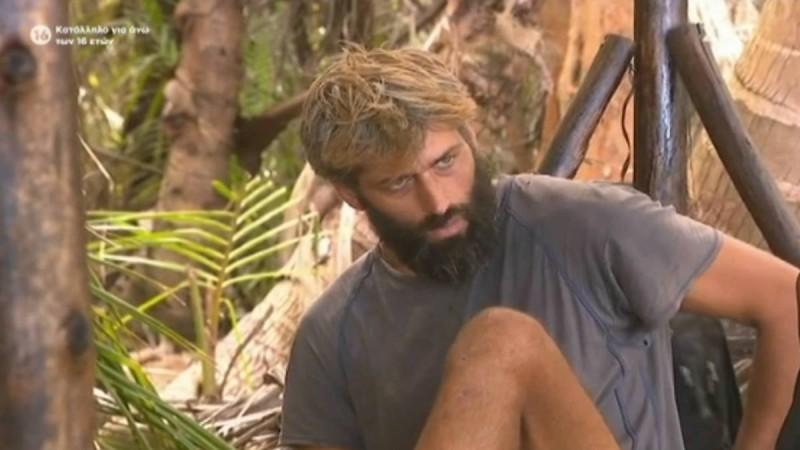 Survivor 4: Επίθεση Αλέξη σε Τζέιμς - «Είναι ένα όρνεο και αν σε βρει θα σε τεμαχίσει»